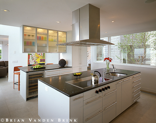 Design: John Calomarino, Architect