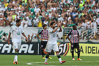 SAO PAULO, SP, 02.02.2014 - CAMP. PAULISTA - PALMEIRAS X SAO PAULO -  Valdivia jogador do Palmeiras comemora seu gol durante partida contra o Sao Paulo valida pelo Campeonato Paulista, no Estadio Paulo Machado de Carvalho, o Pacaembu, na regiao oeste de Sao Paulo, neste domingo, 02. (Foto: William Volcov / Brazil Photo Press).