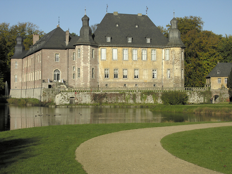 Europa, DEU, Deutschland, Nordrhein Westfalen, Niederrhein, Rheinland, Juechen, Schloss Dyck, Typische Ansicht, Kategorien und Themen, Architektur, Architektonisch, Architekturstil, Bauwerk, Gebaeude, Historisch, Architekturfoto, Architekturphoto, Architekturfotografie, Architekturphotographie, Tourismus, Touristik, Touristisch, Touristisches, Urlaub, Reisen, Reisen, Ferien, Urlaubsreise, Freizeit, Reise, Reiseziele, Ferienziele......[ For each utilisation of my images my General Terms and Conditions are mandatory. Usage only against use message and proof. Download of my General Terms and Conditions under http://www.image-box.com or ask for sending. A clearance before usage is necessary...Material is subject to royalties. Each utilisation of my images is subject to a fee in accordance to the present valid MFM-List...Contact | archive@image-box.org | www.image-box.com ]