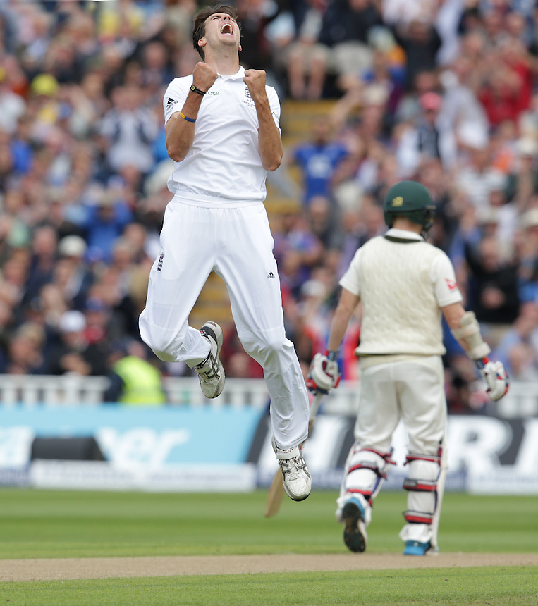 England's Steven Finn celebrates taking the wicket of <br /> SPD Smith c Cook b Finn 7<br /> <br /> Photographer Stephen White/CameraSport<br /> <br /> International Cricket - Investec Ashes Test Series 2015 - Third Test - England v Australia - Day 1 - Wednesday 29th July 2015 - Edgbaston - Birmingham <br /> <br /> &copy; CameraSport - 43 Linden Ave. Countesthorpe. Leicester. England. LE8 5PG - Tel: +44 (0) 116 277 4147 - admin@camerasport.com - www.camerasport.com