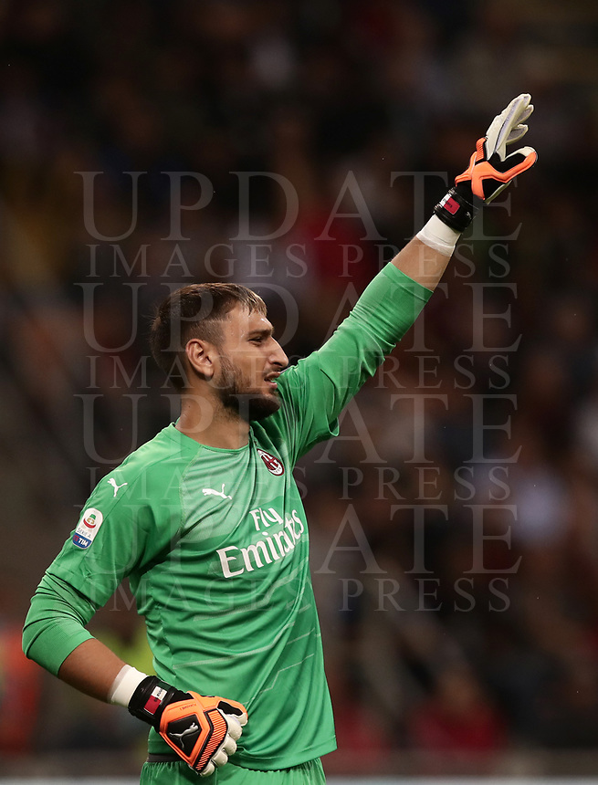 Calcio, Serie A: AC Milan - AS Roma, Milano stadio Giuseppe Meazza (San Siro) 31 agosto 2018. <br /> AC Milan's goalkeeper Gianluigi Donnarumma reacts during the Italian Serie A football match between Milan and Roma at Giuseppe Meazza stadium, August 31, 2018. <br /> UPDATE IMAGES PRESS/Isabella Bonotto