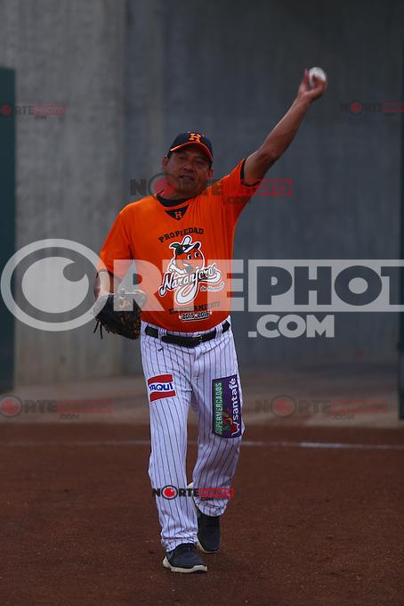 Naranjeros de Hermosillo previo al juego contra Aguilas de Mexicali, la Fiesta Mexicana del beisbol  celebrada  en el estadio Solan Park de Phoenix (Meza) Arizona, el 18 de Septiembre del 2015.<br /> <br /> CreditoFoto:LuisGutierrez<br /> TodosLosDerechosReservados<br /> ElIMPARCIAL