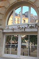 (Adv) Paris: Ile de la Cité (2011)