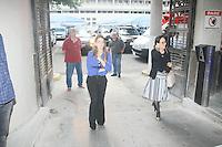 RIO DE JANEIRO, RJ, 16.11.2016 - PRISÃO-GAROTINHO - Clarissa Garotinho filha  do  ex governador do Rio de Janeiro Anthony Garotinho passou mal e foi levado ao hospital    Souza Aguiar para receber atendimentos,  , na manhã desta quarta-feira, Garotinho foi preso em operação da Policia Federal. (Foto: Celso Barbosa/Brazil Photo Press)
