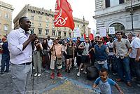 Roma, 20 Giugno 2018<br /> Aboubakar Soumahoro<br /> In occasione della giornata mondiale del Rifugiato associazioni antirazziste protestano a Roma davanti la Prefettura per chiedere diritti e accoglienza per i Rifugiati e per tutti i cittadini