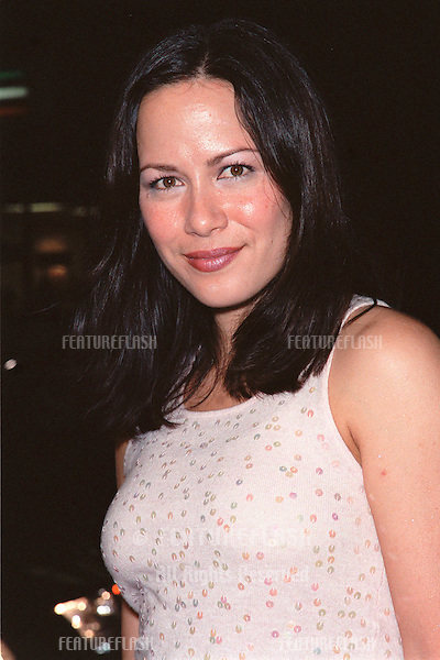 "13OCT99:  Actress SHANNON LEE (daughter of Bruce Lee) at the Los Angeles premiere of ""The Story of Us"" which stars Bruce Willis & Michelle Pfeiffer..© Paul Smith / Featureflash"