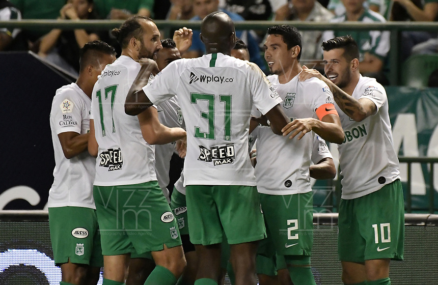 PALMIRA - COLOMBIA, 26-05-2019: Daniel Bocanegra (#2) del Nacional celebra después de anotar el primer gol de su equipo durante partido entre Deportivo Cali y Atlético Nacional por la fecha 4, cuadrangulares semifinales, de la Liga Águila I 2019 jugado en el estadio Deportivo Cali de la ciudad de Palmira. / Daniel Bocanegra (#2) player of Nacional celebrates after scoring the first goal of his team during match between Deportivo Cali and Atletico Nacional for the date 4, semifinal quadrangulars, as part Aguila League I 2019 played at Deportivo Cali stadium in Palmira city .  Photo: VizzorImage / Gabriel Aponte / Staff