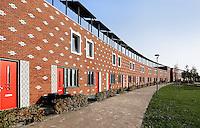 Almere Poort. Zonnecollectoren op de daken van de huizen