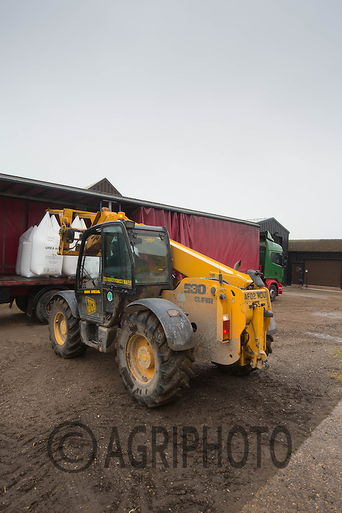 Farm teleporter unloading one ton nags of nitrogen from a lorry<br /> Picture Tim Scrivener 07850 303986
