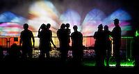 SAO PAULO, SP, 08 DEZEMBRO 2012 - ARVORE GUARAPIRANGA - Inaugurada na noite deste sábado (08) a árvore de natal da Represa de Guarapiranga, na zona sul de São Paulo. A árvore, que possui um tamanho de 15 metros, recebeu também uma cortina d'água onde são projetados diversas imagens. A atração está localizada na Av. Atlântica, às margens da represa. FOTO: VANESSA CARVALHO - BRAZIL PHOTO PRESS.