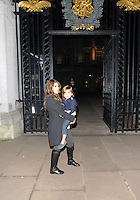 "NON EXCLUSIVE PICTURE: MATRIXPICTURES.CO.UK.PLEASE CREDIT ALL USES..WORLD RIGHTS..American reality television star Kourtney Kardashian is pictured arriving to London's Buckingham Palace with her husband Scott Disick and their son Mason...Kardashian is currently in the UK for the launch and promotion of her new clothing line ""Kollection"" with famed sister Kim....NOVEMBER 9th 2012..REF: LTN 125183"