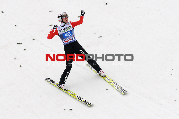 Innsbruck, Austria 04.01.2014 <br /> 2013-14 Vierschanzentournee, <br /> FIS Ski Jumping World Cup <br /> Simon Amman of Switzerland in action during the FIS Ski Jumping World Cup Vierschanzentournee on January 4, 2014 in Innsbruck, Austria.<br /> Foto &copy; nph / Pier Paolo Piciucco