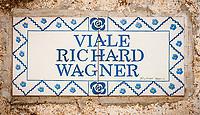 Italien, Kampanien, Ravello: Strassenschild Viale Richard Wagner | Italy, Campania, Ravello: street sign Viale Richard Wagner