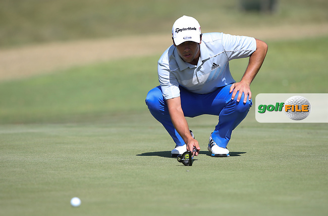 Adrian Otaegui (ESP) lines up his putt during Round Two of the Africa Open 2015 at the East London Golf Club, East London, Eastern Cape, South Africa. Picture:  David Lloyd / www.golffile.ie. 06/03/2015