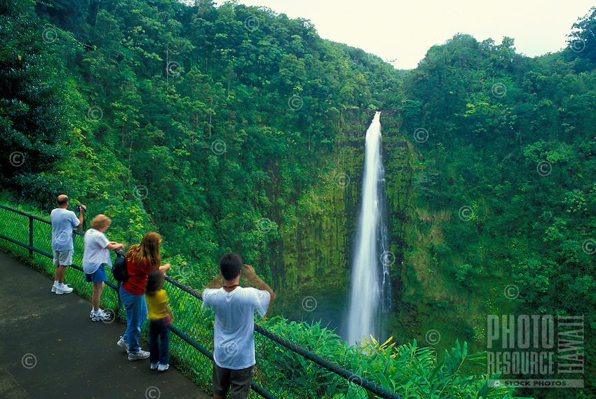 A paved trail leads visitors around the scenic 66 acre Akaka Falls State park to the 450-foot Akaka Falls overlook.