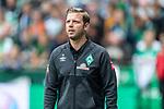 01.09.2019, wohninvest WESERSTADION, Bremen, GER, 1.FBL, Werder Bremen vs FC Augsburg<br /> <br /> DFL REGULATIONS PROHIBIT ANY USE OF PHOTOGRAPHS AS IMAGE SEQUENCES AND/OR QUASI-VIDEO.<br /> <br /> im Bild / picture shows<br /> Florian Kohfeldt (Trainer SV Werder Bremen) vor Spielbeginn, <br /> <br /> Foto © nordphoto / Ewert
