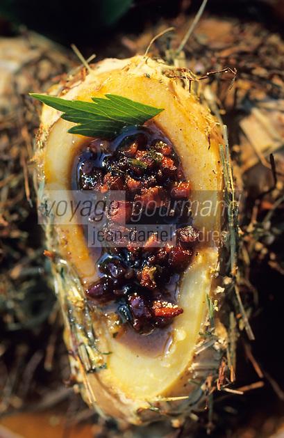 Europe/France/Provence-Alpes-Côte d'Azur/84/Vaucluse/Bonnieux : Pomme de terre au foin - Recette d'Edouard Loubet chef du restaurant :La Bastide de Capelongue