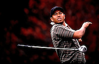 12/14/00 Thousand Oaks,CA: Tiger Woods loses his grip on his club on the 2nd tee during the early rounds of the Target World Challenge