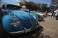 SÃO PAULO, SP, 26/08/2012, EXPOSIÇÃO DE CARROS ANTIGOS. Nesse Domingo (26) acontece na sede da Sub-prefeitura da Moóca um encontro de carros antigos, varios modelos podem ser admirados até as 17hs. Luiz Guarnieri/ Brazil Photo Press.