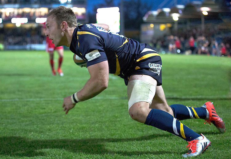 Worcester Warriors' Chris Pennell attempts to get between the goal posts after crossing the try line to score the final try of the game<br /> <br /> Photo by Rachel Holborn/CameraSport<br /> <br /> Rugby Union - Greene King Championship Final 2nd Leg - Worcester Warriors v Bristol - Wednesday 27th May 2015 - Sixways Stadium - Worcester<br /> <br /> &copy; CameraSport - 43 Linden Ave. Countesthorpe. Leicester. England. LE8 5PG - Tel: +44 (0) 116 277 4147 - admin@camerasport.com - www.camerasport.com