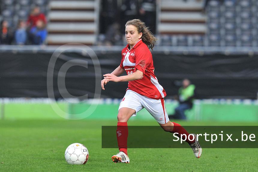 Bekerfinale 2012 : WD Lierse SK - Standard Femina :.Davina Philtjens.foto David Catry / Joke Vuylsteke / Vrouwenteam.be