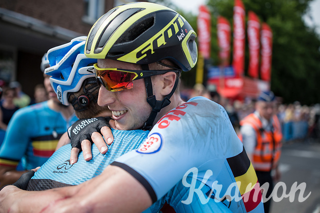 Jens Keukeleire wins the Baloise Belgium Tour 2017. And celebrates the victory with his occasional Belgian teammates who worked hard as a team! <br /> <br /> Baloise Belgium Tour 2017 (2.HC)<br /> Stage 5: Tienen - Tongeren 169.6km