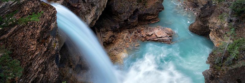 Stanely Falls, Beauty Creek, Jasper National Park, Aberta Canada