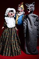 Aurora Puppets