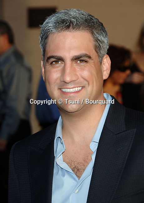 Taylor Hicks arriving at American Music Awards ( AMA ) at the Shrine Auditorium in Los Angeles.<br /> <br /> headshot<br /> smile<br /> eye contact
