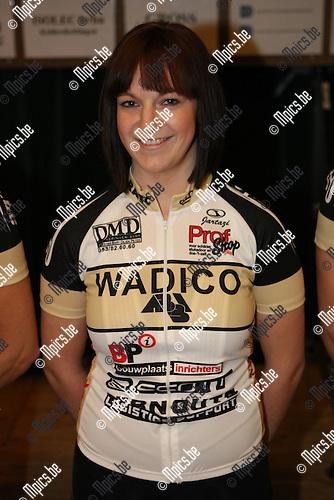 2010-02-06 / Wielrennen / Raoya Antwerp Bicycle Club 2010 / Dorien Van der Velden..Foto: mpics