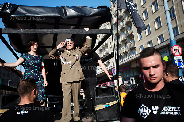 Warsaw 01.08.2017 Poland<br /> Major Julian Eugeniusz Kulski salutes to the crowd of members of the Radical National Camp (ONR) and the All-Polish Youth (mlodziez wszechpolska) during 73rd anniversary of the Warsaw Uprising in Warsaw<br /> Photo: Adam Lach / Napo Images<br /> <br /> Warszaw 01.08.2017<br /> Major Julian Eugeniusz Kulski salutuje do czlonkow Obozu Narodowo-Radykalnego i Mlodziezy Wszechpolskiej podczas 73 rocznicy powstania warszawskiego.<br /> Foto: Adam Lach / Napo Images