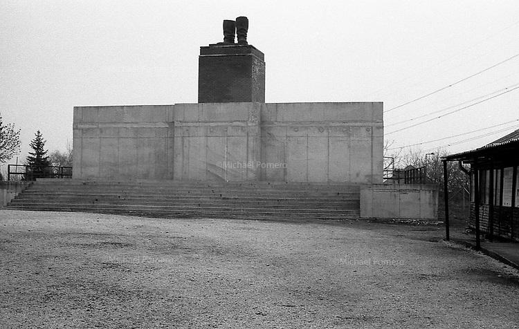 (19...25).12. 2013     Budapest (Hungary)<br /> <br /> Memento park.