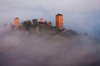 Europe/Europe/France/Midi-Pyrénées/46/Lot/Saint-Céré/ Saint-Laurent-les Tours:  Les Tours de Saint-Laurent - Vue aérienne à l'aube<br /> Ancienne demeure de Jean Lurçat (1882-1966), de nos jours Musée Jean Lurçat. Le château domine toute la vallée de Saint-Céré.
