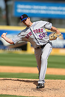 March 20, 2010:  Relief Pitcher Sean Green (50) of the New York Mets during a Spring Training game at Roger Dean Stadium in Jupiter, FL.  Photo By Mike Janes/Four Seam Images