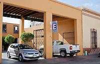 Querétaro, Qro; 16 de enero del 2014.-  Se propuso, a través del regidor del municipio de Querétaro José Luis Aguilera Rico que para este 2014 los estacionamientos tengan una tarifa fija según su categoría. <br /> Para los de tipo A que sea de 18 pesos; de tipo B 15 pesos y de tipo C de 12 pesos; esto sólo en la primera hora. <br /> Esto se propuso dado que, por parte de la Asociación de Estacionamientos propusieron una tarifa mayor y es la siguiente: los de tipo A: 30 pesos; tipo B 25 pesos y tipo C 22 pesos.<br /> <br /> Foto: Rosa María Salinas/ Obture Press Agency.