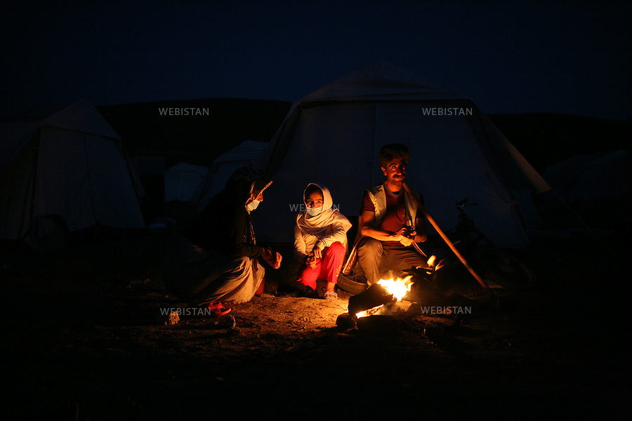 Iran. Varzaqan. 12 August 2012: Earthquake in the city of Varzaqan in northwestern Iran. A 6.2-magnitude earthquake hit the towns of Ahar, Haris and Varzaqan in East Azerbaijan province in northwestern Iran on Saturday 11th August 2012...Iran. Varzaqan. 12 Aout 2012:.Tremblement de terre dans la ville de Varzaqan, au Nord Ouest de l'Iran. Le 11 Aout 2012, un séisme d'une magnitude de 6.2 sur l'échelle de Richter a frappé le Nord Ouest de l'Iran. Il a touché les villes d'Ahar, Haris et Varzaqan à l'Est de l'Azerbaijan.