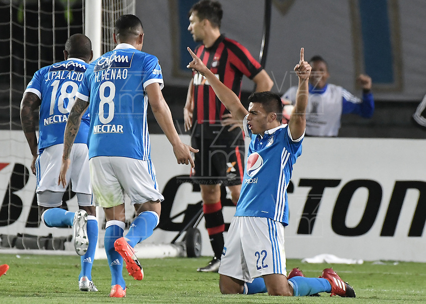 BOGOTA - COLOMBIA -08 -02-2017: Jhon Duque Arias (#22) jugador de Millonarios celebra después de anotar un gol durante partido entre Millonarios de Colombia y Atletico Paranaense de Brasil, por la segunda fase, llave 1 de la Copa Conmebol Libertadores Bridgestone 2017 jugado en el estadio Nemesio Camacho El Campin, de la ciudad de Bogota. / Jhon Duque Arias (#22) player of Millonarios celebrates after scoring a goal during a match between Millonarios of Colombia and Atletico Paranaense of Brasil, for the second phase, key1, of the Conmebol Copa Libertadores Bridgestone 2017 played at Nemesio Camacho El Campin in Bogota city. Photo: VizzorImage / Gabriel Aponte / Staff.