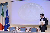 Roma 18 Aprile 2014<br /> Il primo ministro Matteo Renzi, durante la  conferenza stampa a Palazzo Chigi, riferisce sulle  misure sul Bonus Irpef e di altri interventi di politica economica decisi al  termine del Consiglio dei Ministri n°14.<br /> Rome, Italy. 18th April  2014 -- Prime Minister Matteo Renzi reports on measures that will be undertaken in the field  economic policy interventions and tax burden reductions in the press room at the Palazzo Chigi. -- The Italian Premier, Matteo Renzi announced new measures that will be undertaken in the field economic policy interventions, and tax burden reductions in the hopes of stimulating the economy.