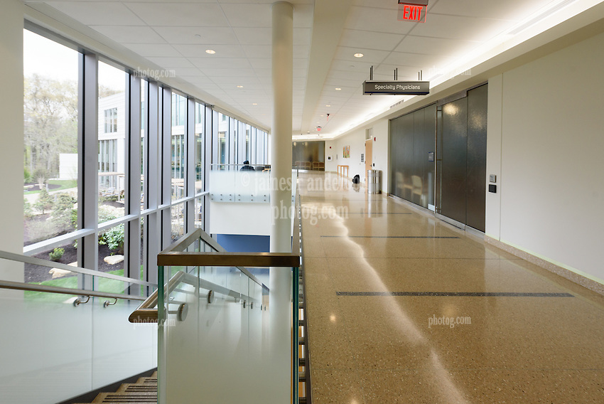 Yale-New Haven Health Park Avenue Medical Center. Architect: Shepley Bulfinch. Contractor: Gilbane Building Company, Glastonbury, CT. James R Anderson Photography, New Haven CT photog.com. Date of Photograph 4 May 2016  Submission 25  © James R Anderson. Hall and Stairs, first floor