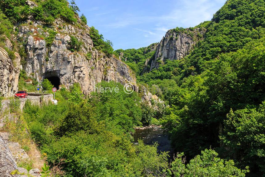 France, Allier (03), Chouvigny, gorges de Chouvigny // France, Allier, Chouvigny, Chouvigny gorges