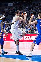 Real Madrid's Sergio Llull and Khimki Moscow's Sergey Monya during Euroleague match at Barclaycard Center in Madrid. April 07, 2016. (ALTERPHOTOS/Borja B.Hojas) /NortePhoto