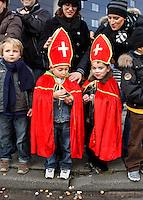Kinderen wachten op sinterklaas