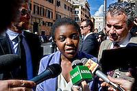 Roma 2 Ottobre 2013<br /> Il ministro per l'integrazione Cecile Kyenge, lascia il Senato dopo il voto di fiducia<br /> The Minister for Integration Cecile Kyenge  leaves  the Upper House after  the confidence vote,interviewed by the media