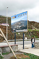 Nei pressi  dell'ingresso del confine legale tra Ceuta e il Marocco. Ceuta, 8 febbraio, 2010<br /> <br /> Near the border beetwen Ceuta and Morocco. Ceuta, February 8, 2010