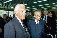 - the tycoon Giovanni Agnelli (FIAT) with the banker Enrico Cuccia of Mediobanca (June 1991)....- l'industriale Gianni Agnelli con il banchiere Enrico Cuccia di Mediobanca (giugno 1991)