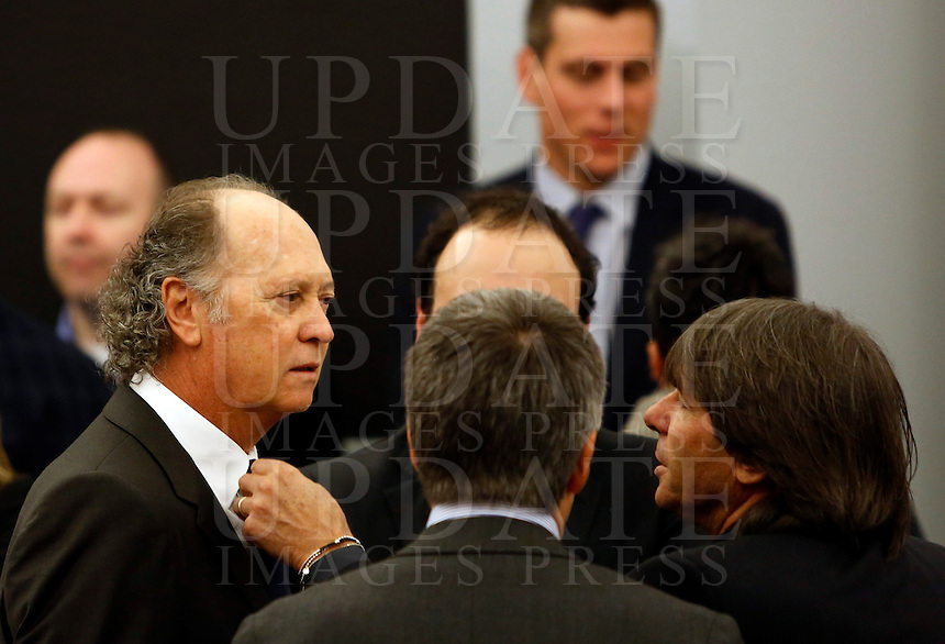 I Campioni d'Italia della Roma del 1983 Paolo Roberto Falcao, a sinistra, e Bruno Conti alla presentazione del progetto del nuovo Stadio della Roma, in Campidoglio, Roma, 26 marzo 2014.<br />