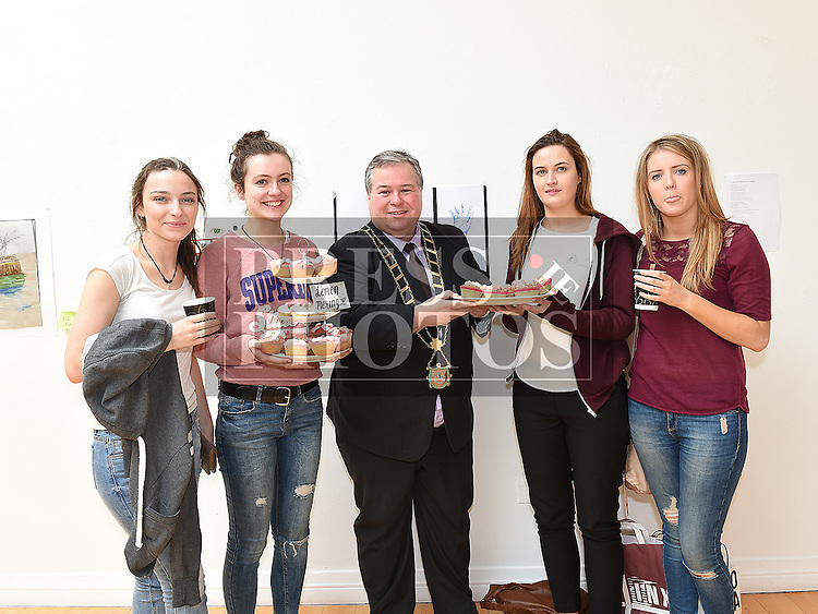 Grainne Sharkey, Sarah McGuinness, Grainne McIvor, Jessica Booth pictured  with Mayor Paul Bell at the Drogheda Youth Theatre cake sale in the Droichead Arts Centre. Photo:Colin Bell/pressphotos.ie