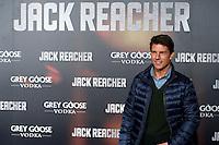 """ATENCAO EDITOR IMAGEM EMBARGADA PARA VEICULOS INTERNACIONAIS - MADRI, ESPANHA, 13 DEZEMBRO 2012 - PRE ESTREIA """"JACK REACHER - O ator norte-americano Tom Cruise durante pre estreia espanhola do filme """"Jack Reacher""""no Callao Cinema em Madri capital da Espanha, nesta quinta-feira, 13. (FOTO: ALFAQUI / BRAZIL PHOTO PRESS)."""