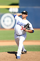Javy Guerra - Peoria Javelinas, 2009 Arizona Fall League.Photo by:  Bill Mitchell/Four Seam Images..