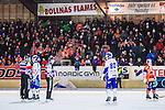 Bolln&auml;s 2014-01-17 Bandy  Bolln&auml;s GIF - Villa Lidk&ouml;ping BK :  <br /> Bolln&auml;s Flames supportrar p&aring; S&auml;vsta&aring;s huvudl&auml;ktare <br /> (Foto: Kenta J&ouml;nsson) Nyckelord:  supporter fans publik supporters